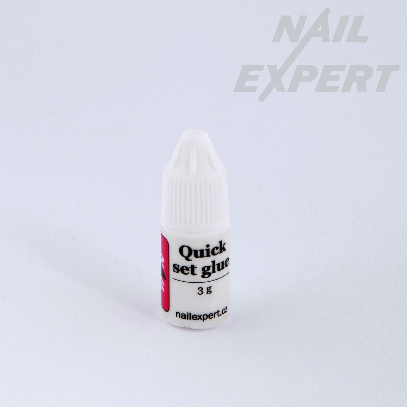 Nail Expert Zakapávaci lepidlo